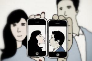 Sosyal Medya Paylaşımları İlişkinizi Etkiliyor mu?